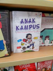 Penampakan buku Anak Kampus di Gramedia Sudirman, Jogja